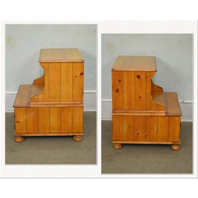 *STORE ITEM #: 17519 Drexel Heritage Pinehurst Collection Rustic 1 Drawer Side Table of Nightstand AGE / ORIGIN: Approx....