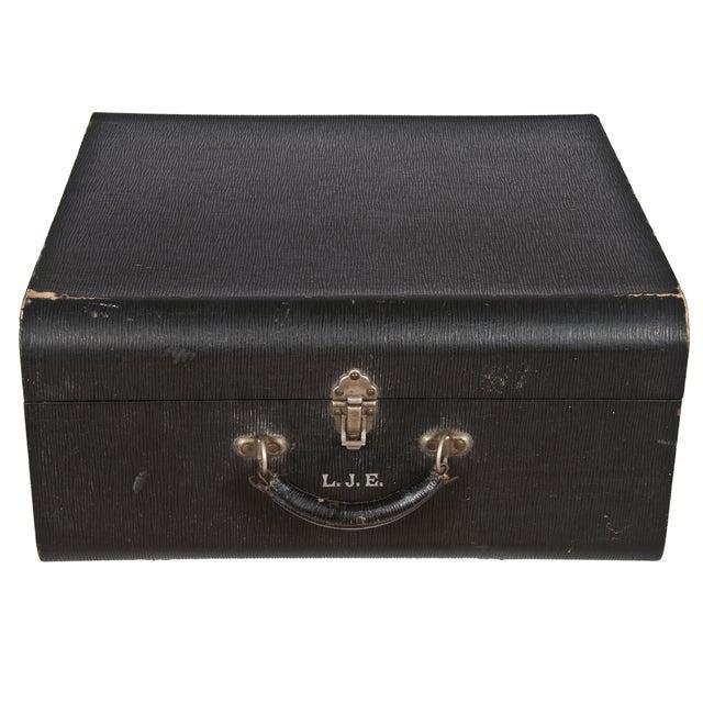 Vintage Wheary Aviatrix Travel Suitcase - Image 1 of 5