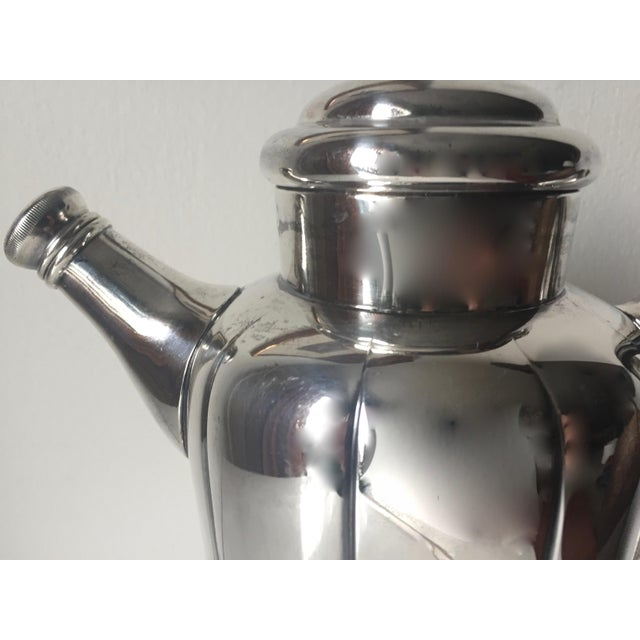 Silver Art Deco Silver Cocktail Shaker For Sale - Image 8 of 10