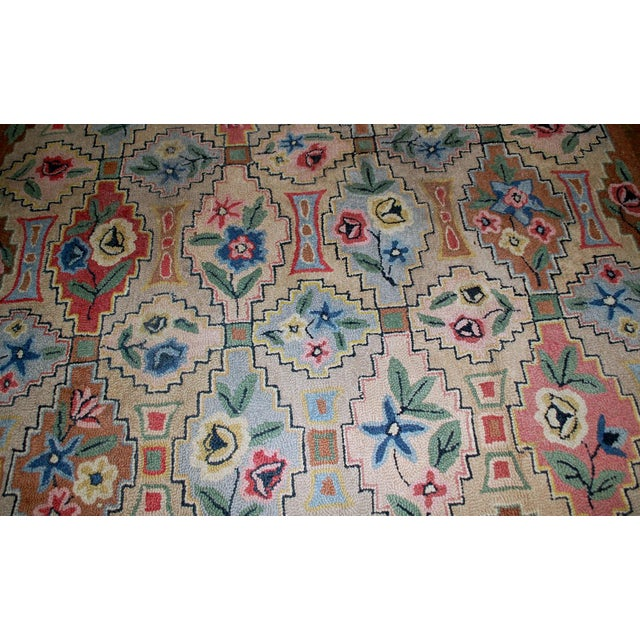 "1900s Antique American Hooked Rug- 6' x 8'10"" For Sale - Image 4 of 8"