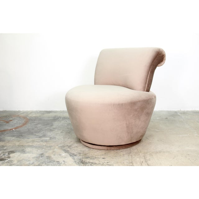 Contemporary 1970s Vintage Vladimir Kagan Swivel Chairs- A Pair For Sale - Image 3 of 5