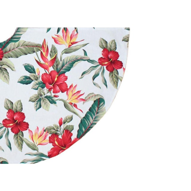 American Tommy Bahama Style Tropical Polynesian Hibiscus Flower Christmas in Hawaii Tree Skirt For Sale - Image 3 of 4