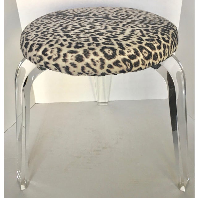 Mid-Century Lucite Leg Stool For Sale - Image 4 of 5