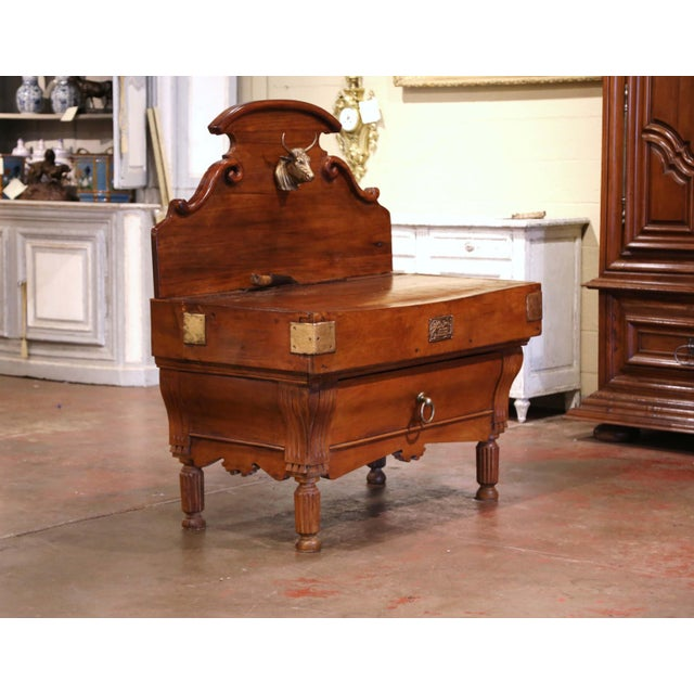 French 19th Century French Carved Butcher Block With Back and Bronze Cow Head For Sale - Image 3 of 13