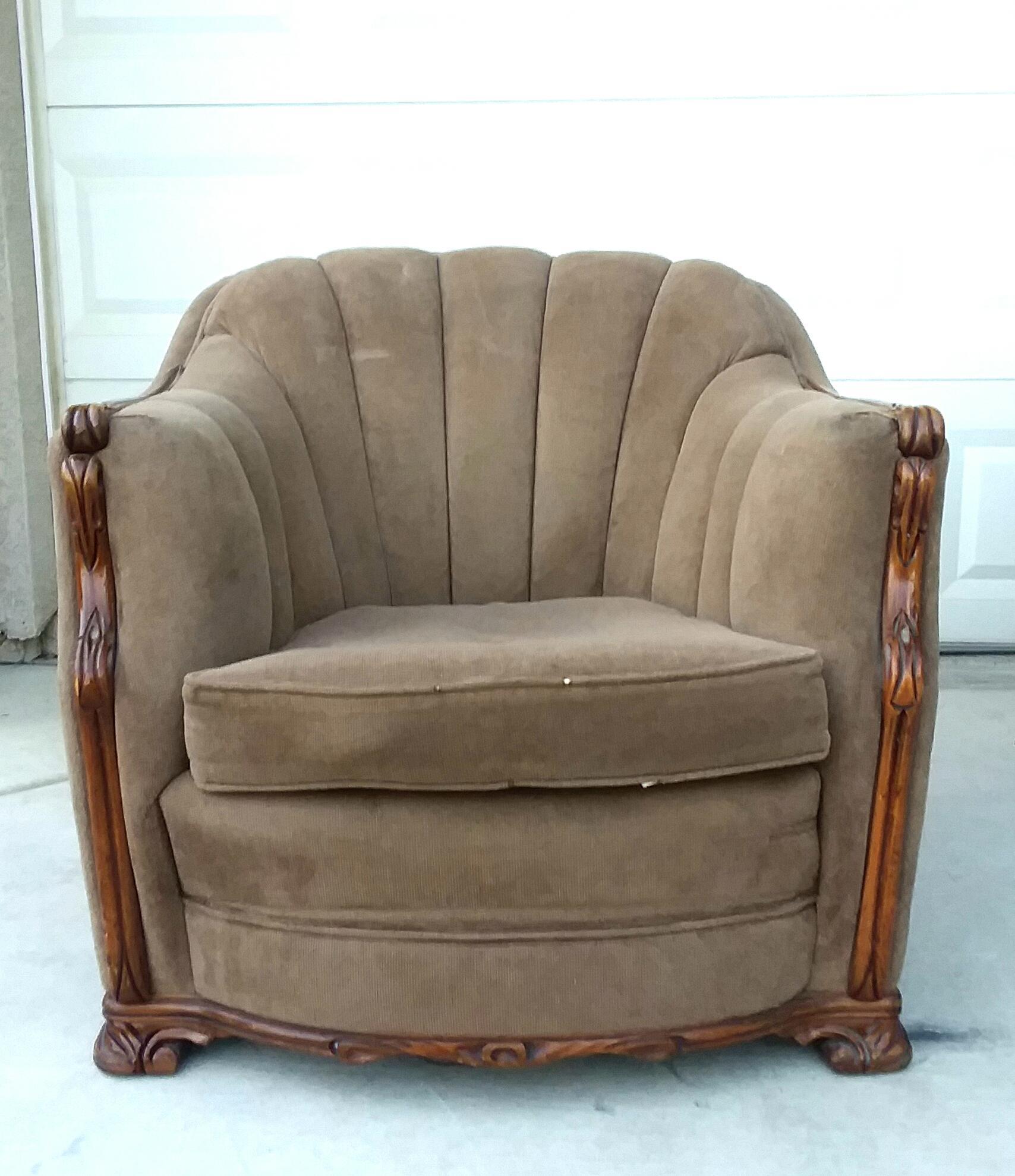 Exceptionnel Mahogany U0026 Mohair Art Deco Club Chair. A Beautiful Art Deco Club Chair Set.