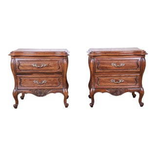 Harden French Provincial Louis XV Walnut Nightstands, Pair For Sale