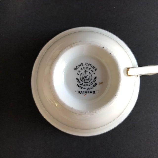 Elegant Vintage Rose Design English Bone China Set of 7 Tea/Coffee Cups & Saucers For Sale In New York - Image 6 of 8