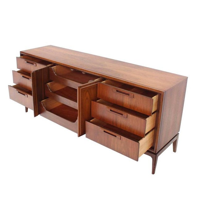 Mid-Century Modern Mid Century Modern Walnut Long Dresser Credenza For Sale - Image 3 of 9