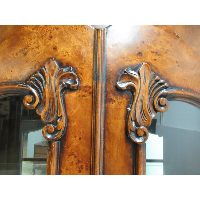 1980s Vintage Custom French Bombay Burl Wood China Cabinet Breakfront Hutch For Sale In Philadelphia - Image 6 of 12
