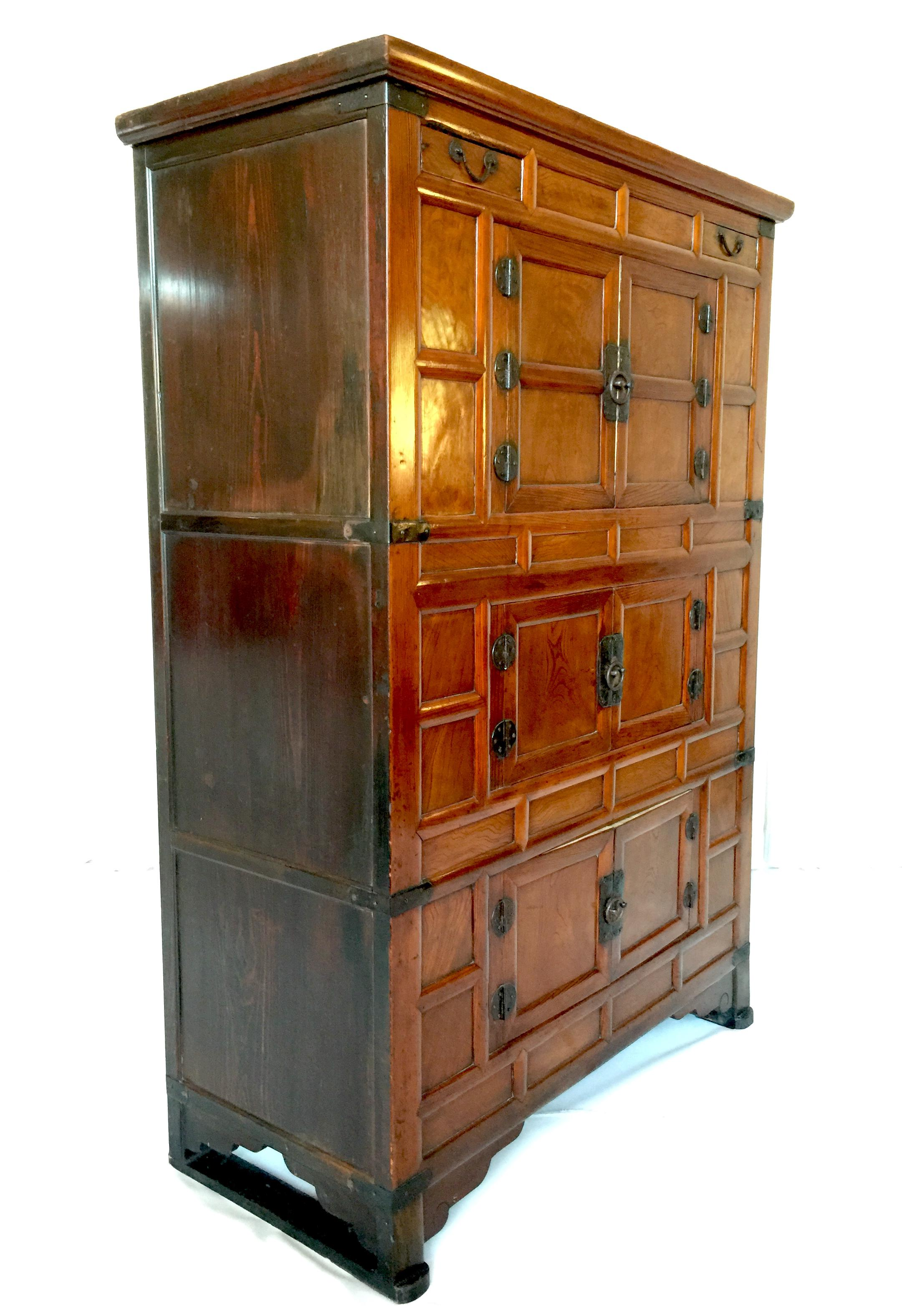 Beautiful19th Century Antique Three Level Tansu Cabinet (samchu0027ung Chu0027an