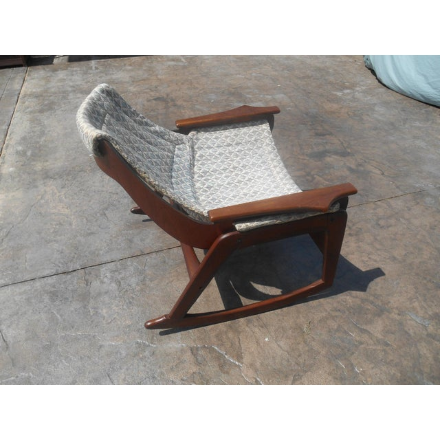 Mid-Century Modern 1960s Jerry Johnson Mid-Century Modern Walnut Sling Rocking Chair For Sale - Image 3 of 9