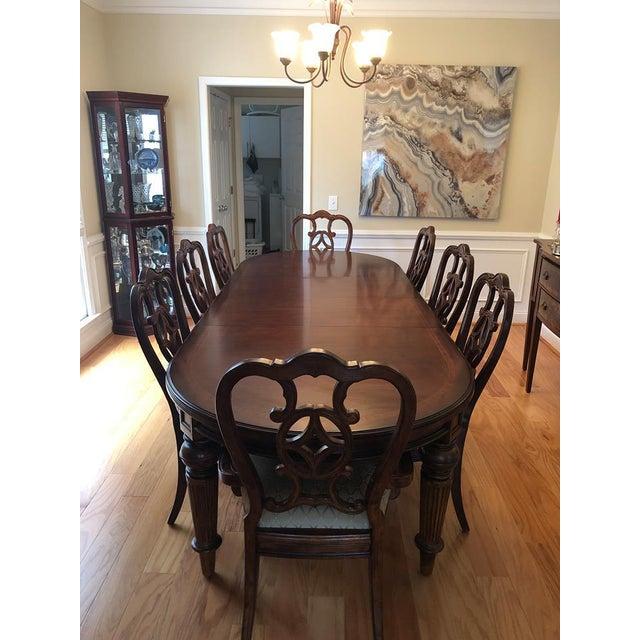 Traditional Thomasville Dining Room Set | Chairish