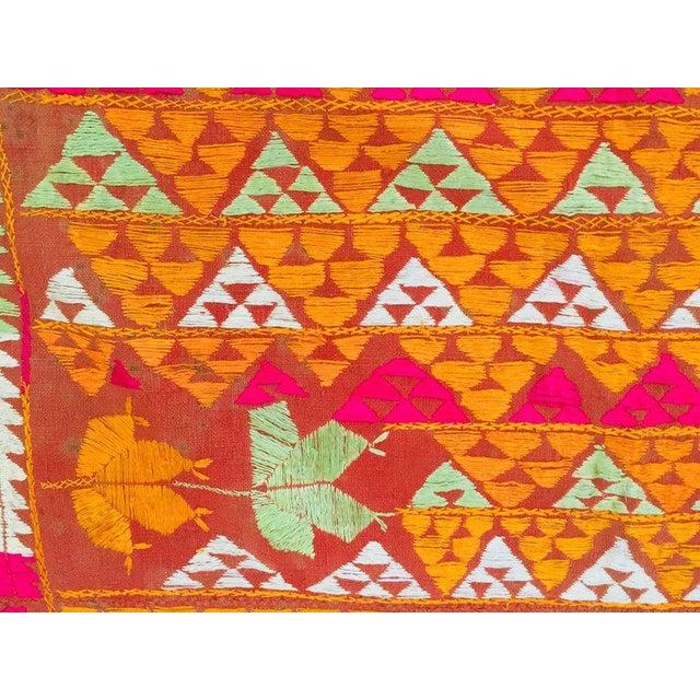 1960s Phulkari Wedding Shawl, Silk Embroidery on Cotton, Punjab India 20th Century For Sale - Image 5 of 13