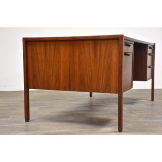 Jens Risom Walnut Mid Century Modern Executive Desk Preview