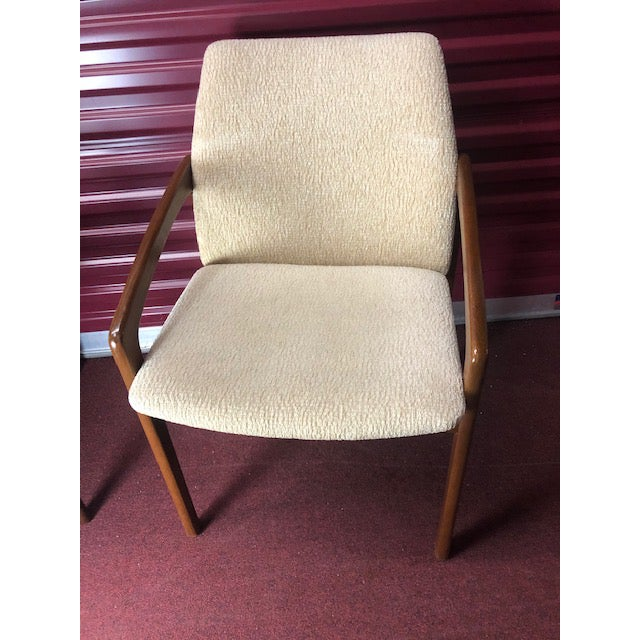 Mid 20th Century Danish Mid-Century Modern Chairs - a Pair For Sale - Image 4 of 10