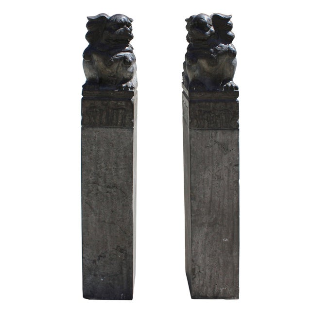 Chinese Pair Black Gray Stone Fengshui Foo Dogs Tall Slim Pole Statues For Sale - Image 4 of 8