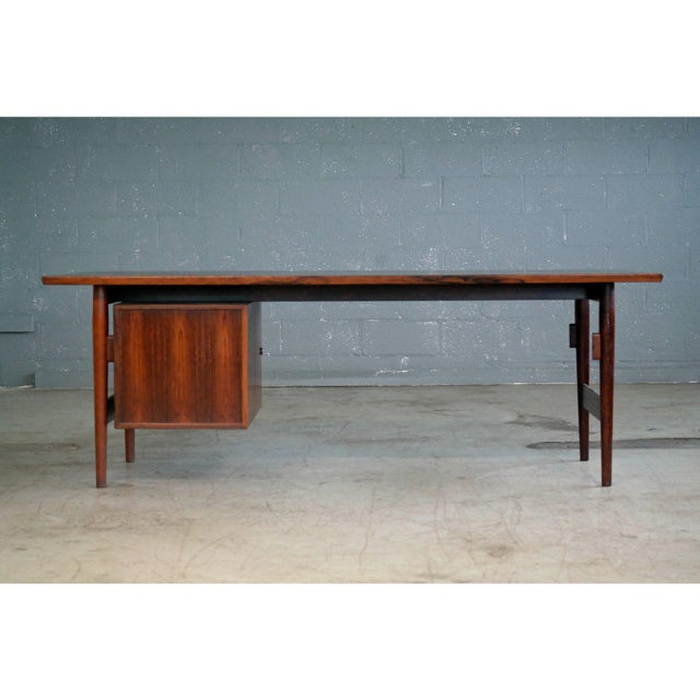 Rosewood Executive Rosewood Rosewood Desk by Arne Vodder for Sibast From 1950's For Sale - Image 7 of 9