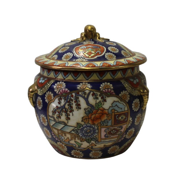 Chinese Oriental Porcelain Flower Scenery Container Box For Sale