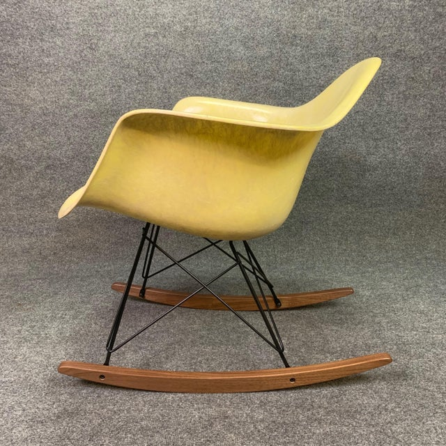 Modern Vintage Mid Century Charles Eames Fiberglass Rocking Chair For Sale - Image 3 of 12