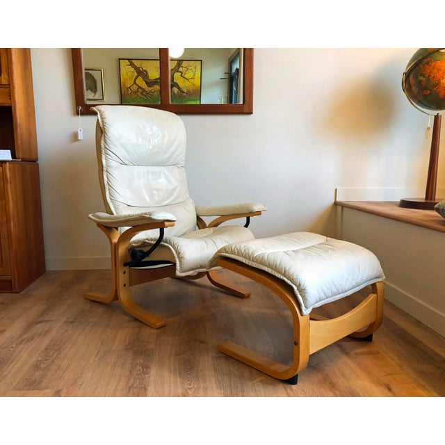 Ingmar Relling for Ekornes Vintage Leather Siesta Recliner Chair With Ottoman For Sale - Image 9 of 9