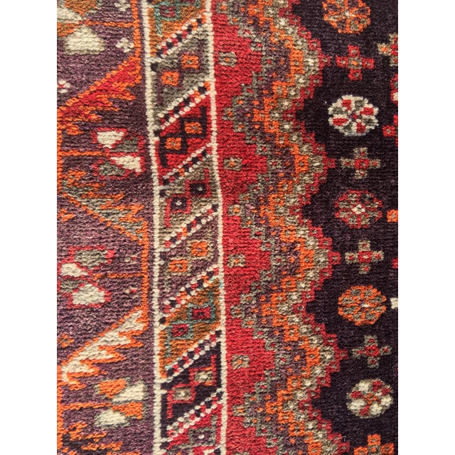 """Vintage Persian Qashqai Area Rug - 4'10"""" x 7'10"""" For Sale - Image 10 of 11"""
