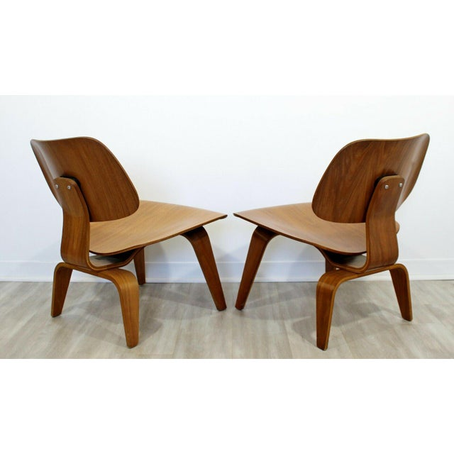 1950s Mid Century Modern Pair Early Rare Charles Eames Lcw Lounge Side Chairs 50s For Sale - Image 5 of 9