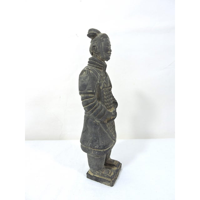 Vintage Chinese Terracotta Warrior Figure (X'ian), Boxed Statue For Sale In Tampa - Image 6 of 9