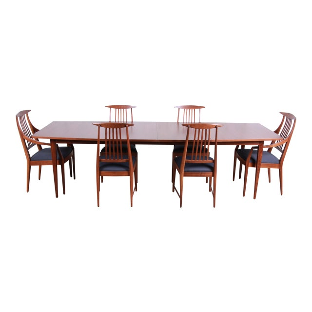 Kipp Stewart for Calvin Mid-Century Modern Walnut and Rosewood Dining Set, Newly Restored For Sale