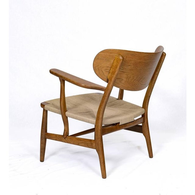 Hans Wegner CH-22 Lounge Chair For Sale In Los Angeles - Image 6 of 10