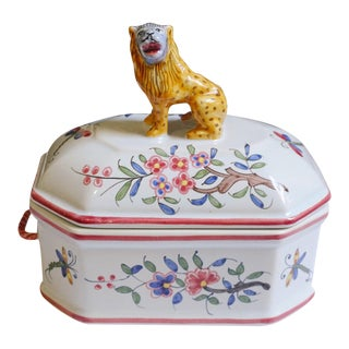 Vintage Tiffany & Co Hand Painted in France Porcelain Jewelry Box With Lion Figure Lid For Sale