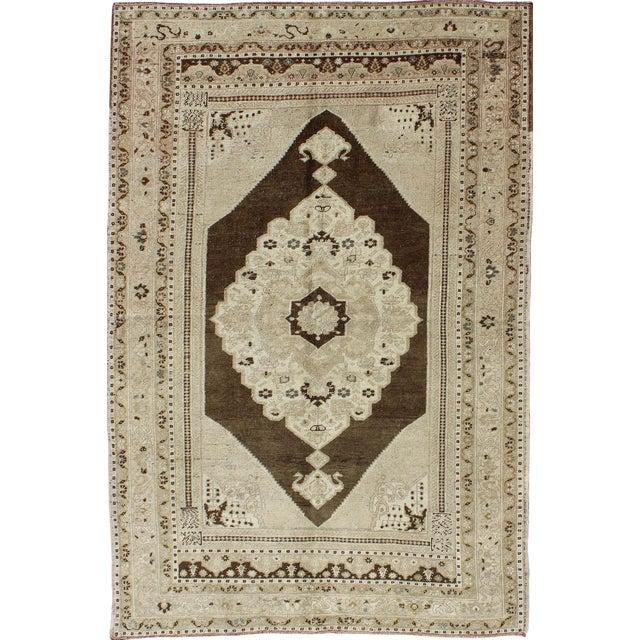 Keivan Woven Arts, Tu-Dur-445, Vintage Mid-Century Turkish Oushak Rug - 4′9″ × 7′8″ For Sale