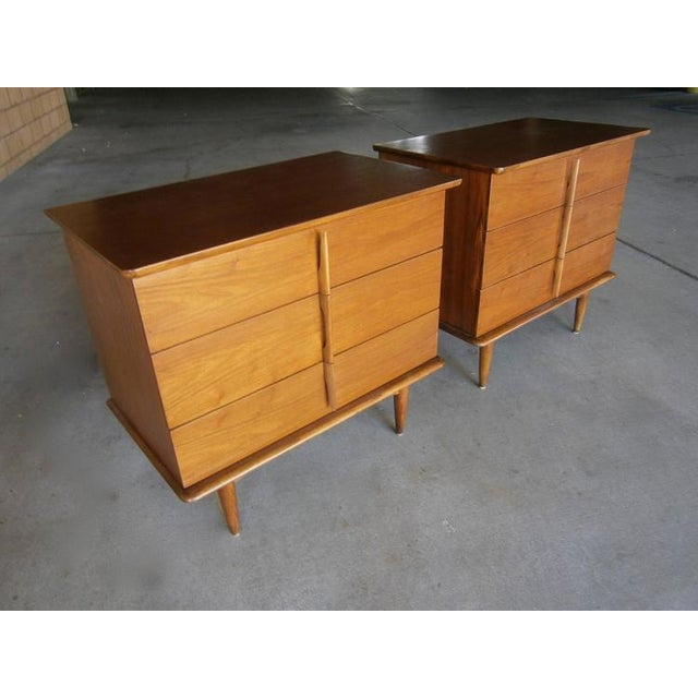 Mahogany Bedside Chests - A Pair - Image 2 of 7