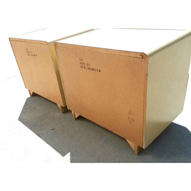 Lane Furniture 1970s Mid Century Modern Lane Lacquer Nightstands -a Pair For Sale - Image 4 of 8