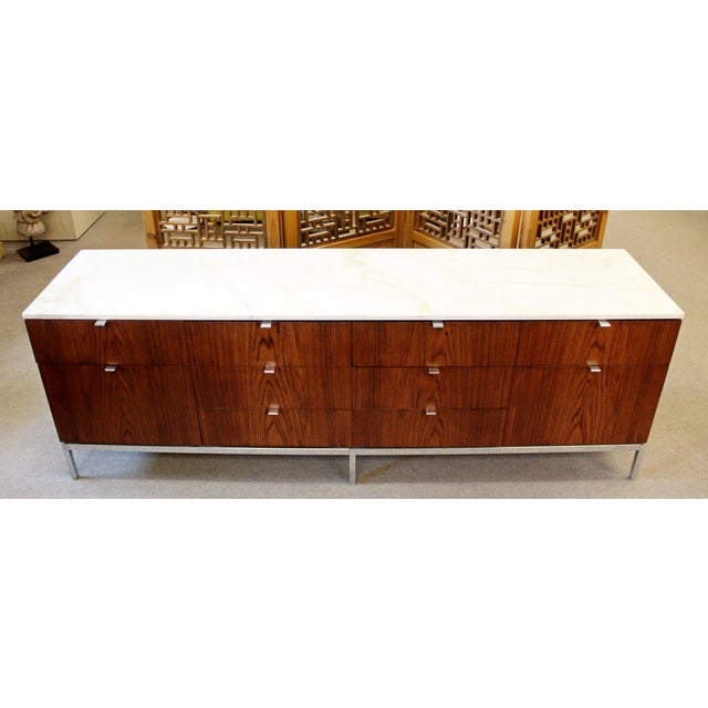 Knoll International Mid-Century Modern Florence Knoll for Knoll Int. Rosewood Marble Credenza, 1960s For Sale - Image 4 of 12