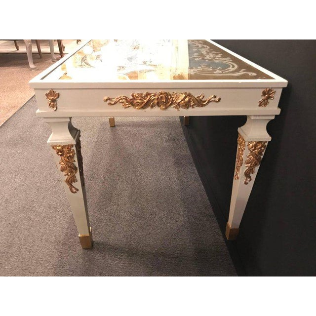 Hollywood Regency Eglomise Top Parcel Paint and Gilt Decorated Coffee Table For Sale - Image 9 of 12