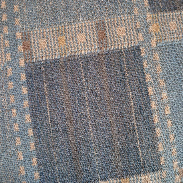 MANSOUR Handwoven Flat-Weave Wool Rug For Sale - Image 4 of 5