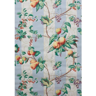 Vintage Bassett McNab Blue Floral Bouquet Wallpaper - 15 Yard Roll For Sale