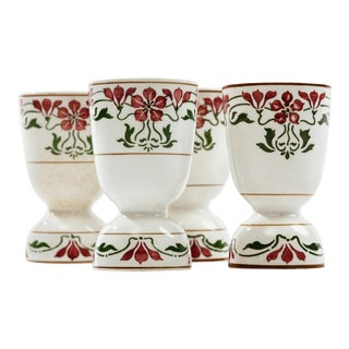 Art Nouveau Villeroy and Boch Saxony Poppy Porcelain Egg Cups - Set of 4 For Sale