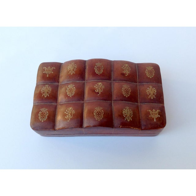 Italian Leather Hand-Tooled Embossed Lidded Keepsake Box For Sale - Image 5 of 11