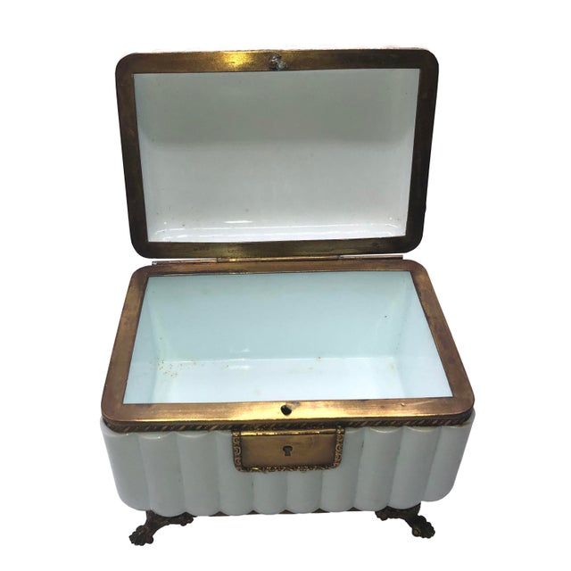 1950s French White Opaline Glass Box For Sale - Image 4 of 11