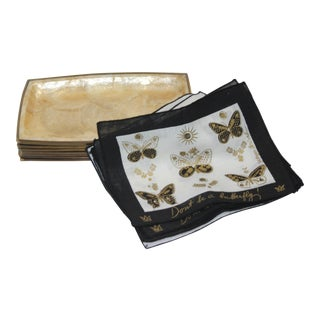 Capiz Shell Trays and Briard Napkins 1970s - Set of 8 For Sale