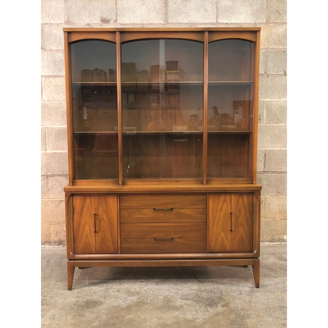 -MANUFACTURE: Unknown -IN THE STYLE OF: Mid-Century Modern -DATE OF MANUFACTURE: 1960'Ss -MATERIALS: Wood / Glass...