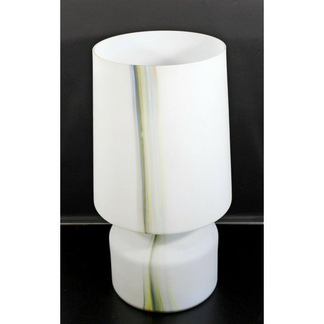Mid Century Modern Large White Murano Glass Table Lamp 1970s Italy For Sale - Image 4 of 10