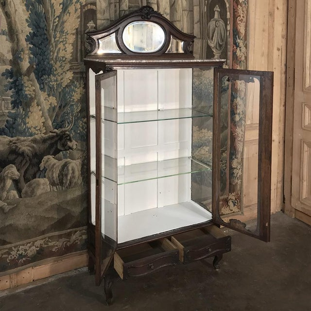 Louis XV 19th Century French Louis XV Marble Top Vitrine For Sale - Image 3 of 13