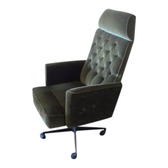 C. 1970s Green Office Chair For Sale
