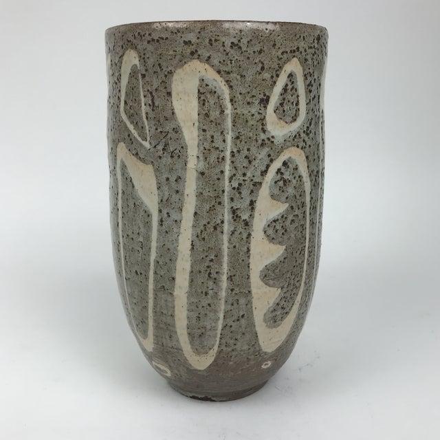 Tan Mid-Century Modern Studio Pottery Vase For Sale - Image 8 of 8
