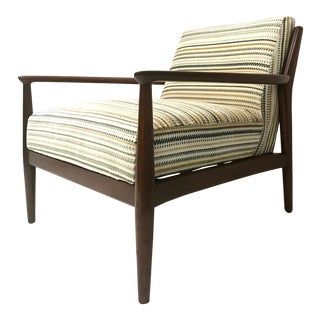 Mid Century Selig Style Lounge Chair for W & J Sloane For Sale
