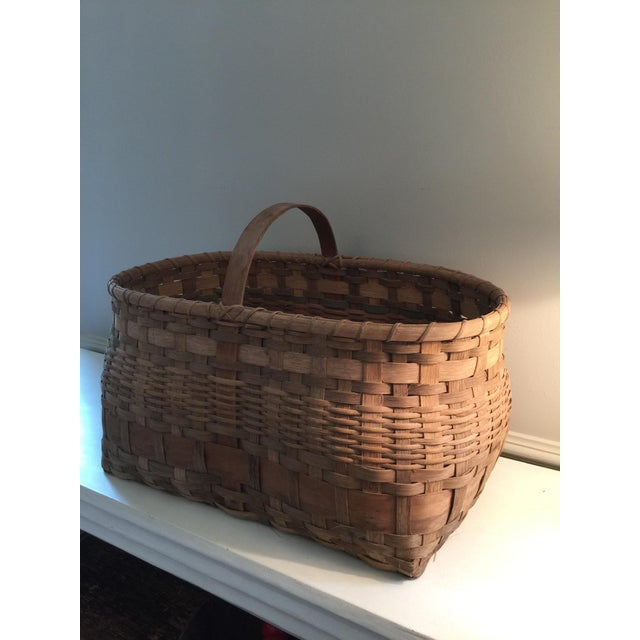 Antique Wicker Basket with Handle For Sale - Image 4 of 11