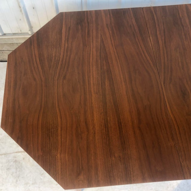 Mid-Century Modern Dining Room Table With Leaf For Sale - Image 4 of 13