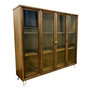 Mid Century Modern Broyhill Brasilia Display Case Shelving Unit on Custome Hairpin Legs For Sale